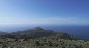 Capo Rosso: a destra il Golfo di Porto e a sinistra il golfo di Sagone
